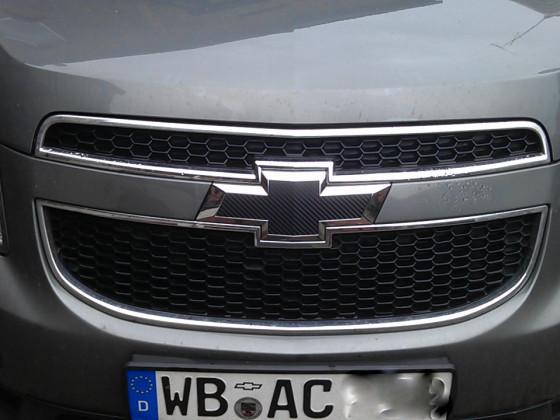 Chevy-Logo vorne und hinten in schwarz/carbon