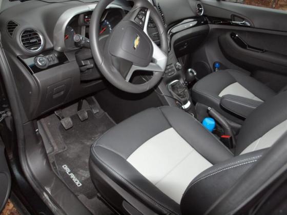 BLACK and GREY seats   ORLANDO Black edition  LT