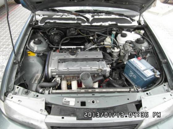 Ein 2.0l Benziner aus Opel Vectra im Daewoo Nexia ;)