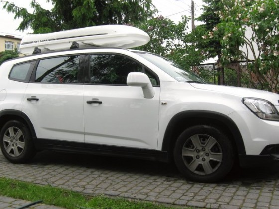Orlando with roof rack and box