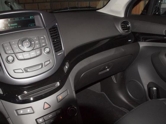 Orlando LT  Black edition interior