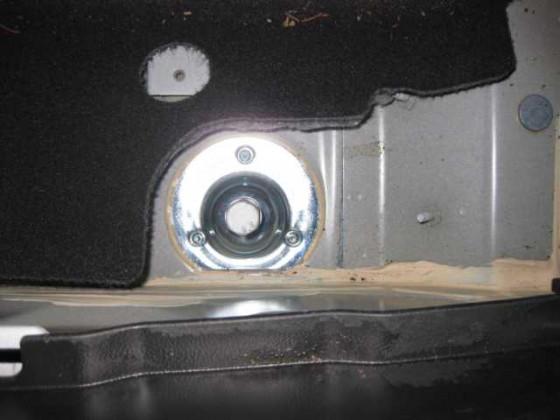 Halter eingebaut Kofferraum